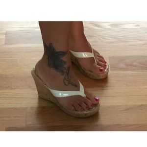 385 Fifth - White Wedge Sandals